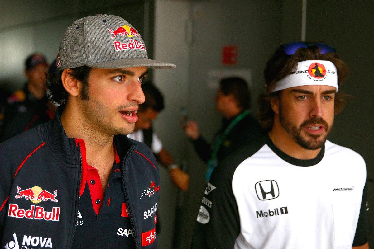 Carlos Sainz y Fernando Alonso, en el Gran Premio de Sochi