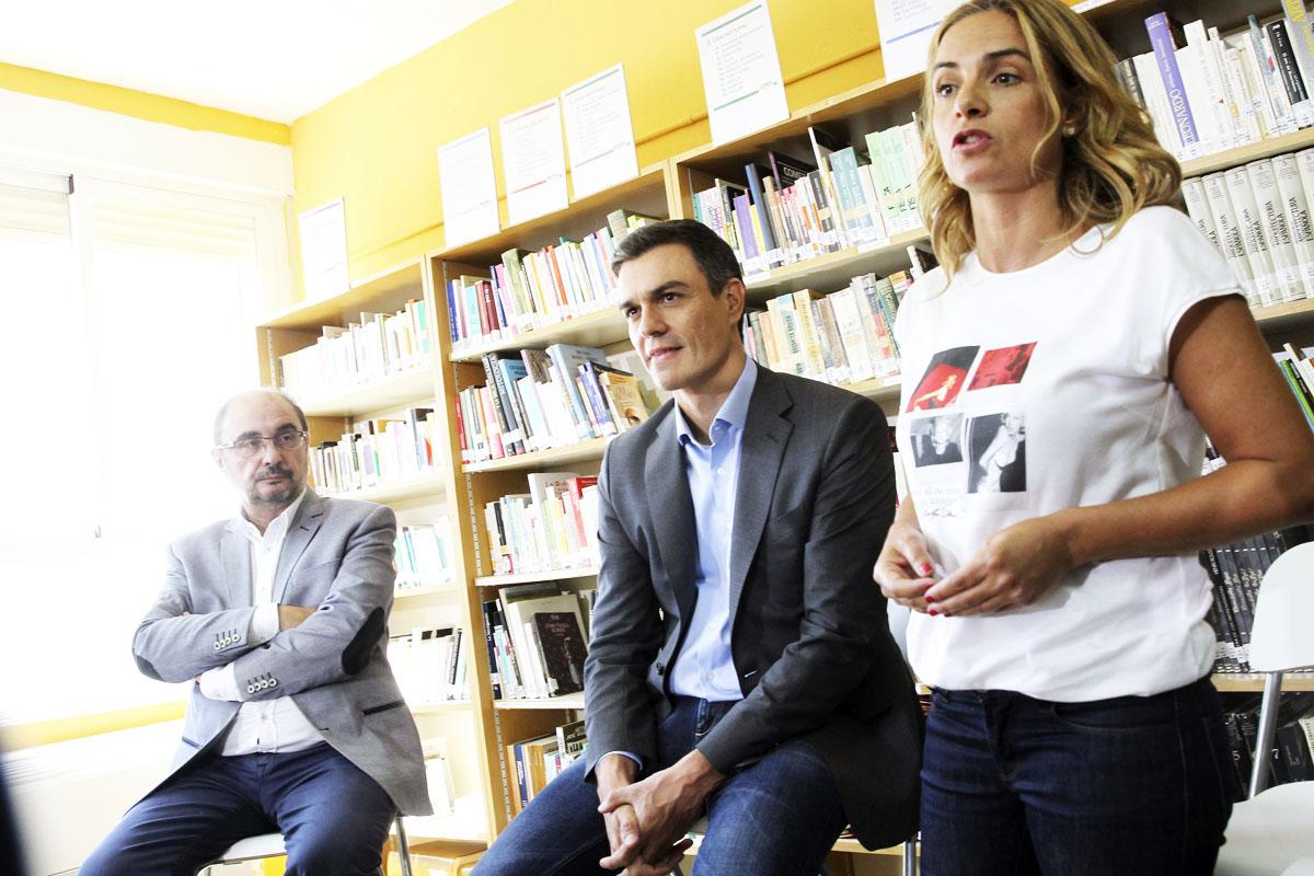 Javier Lambán, Pedro Sánchez y Susana Sumelzo, durante un acto.