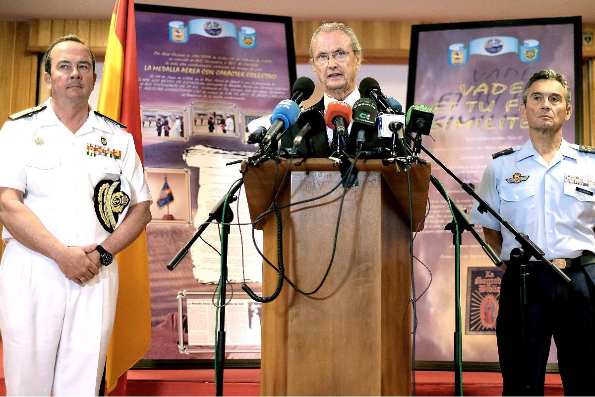 El ministro Morenés durante la rueda de prensa del pasado jueves (Foto: Efe)