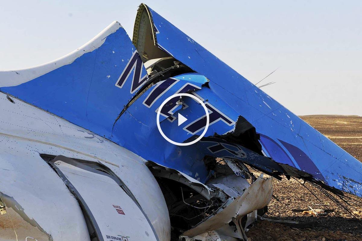 Restos del aparato ruso que se ha estrellado en el Sinaí. (Foto: Reuters)