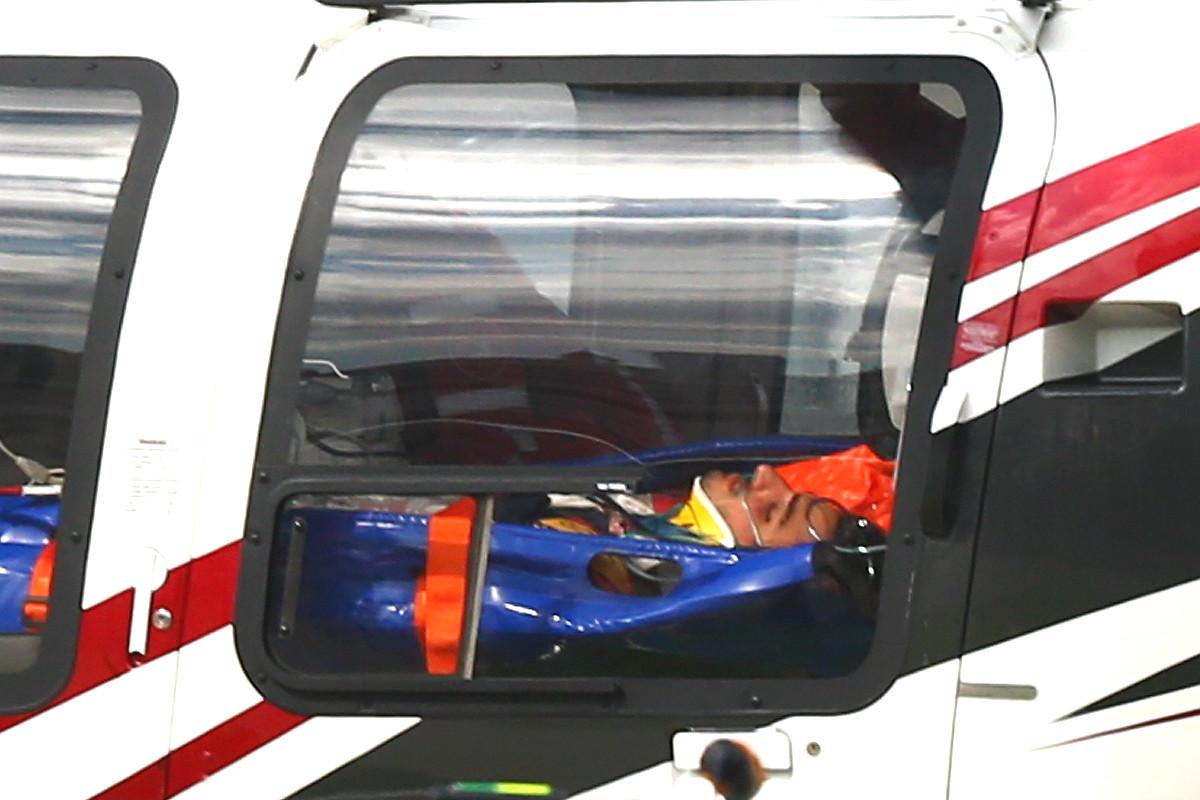 Carlos Sainz, trasladado en helicóptero tras sufrir un accidente en el Circuito de Sochi. (Getty)
