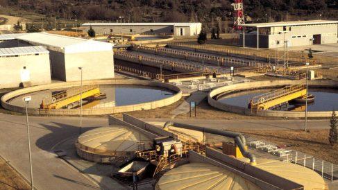 Planta de tratamiento de aguas residuales en Villalba. (Foto: Getty)