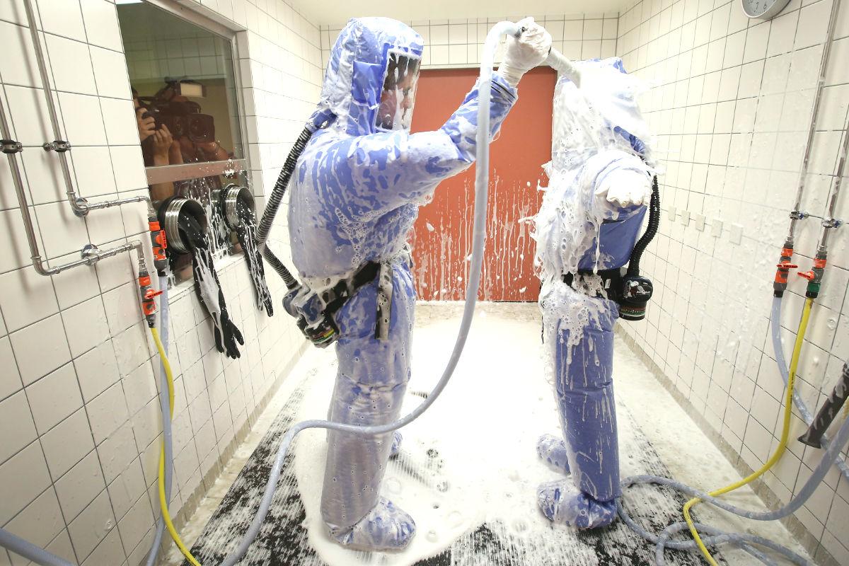 Medidas de prevención para tratar a un paciente con ébola. (Foto: Getty)