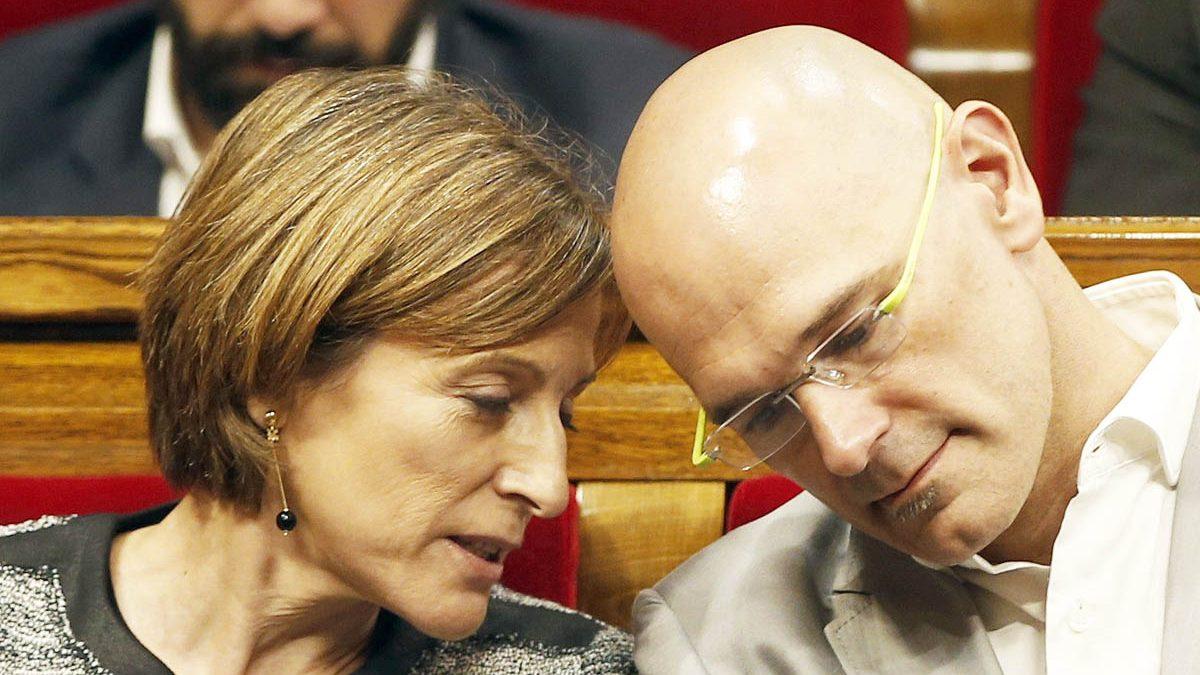 Carme Forcadell y Raül Romeva. (Foto: EFE)