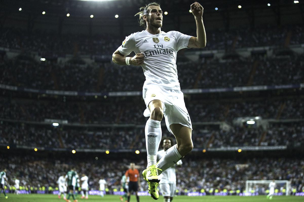 Gareth Bale celebra el gol que marcó en el partido ante el Betis. (Getty)