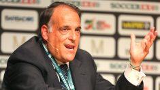 Javier Tebas, presidente de la Liga de Fútbol Profesional, durante una rueda de Prensa. (Getty)