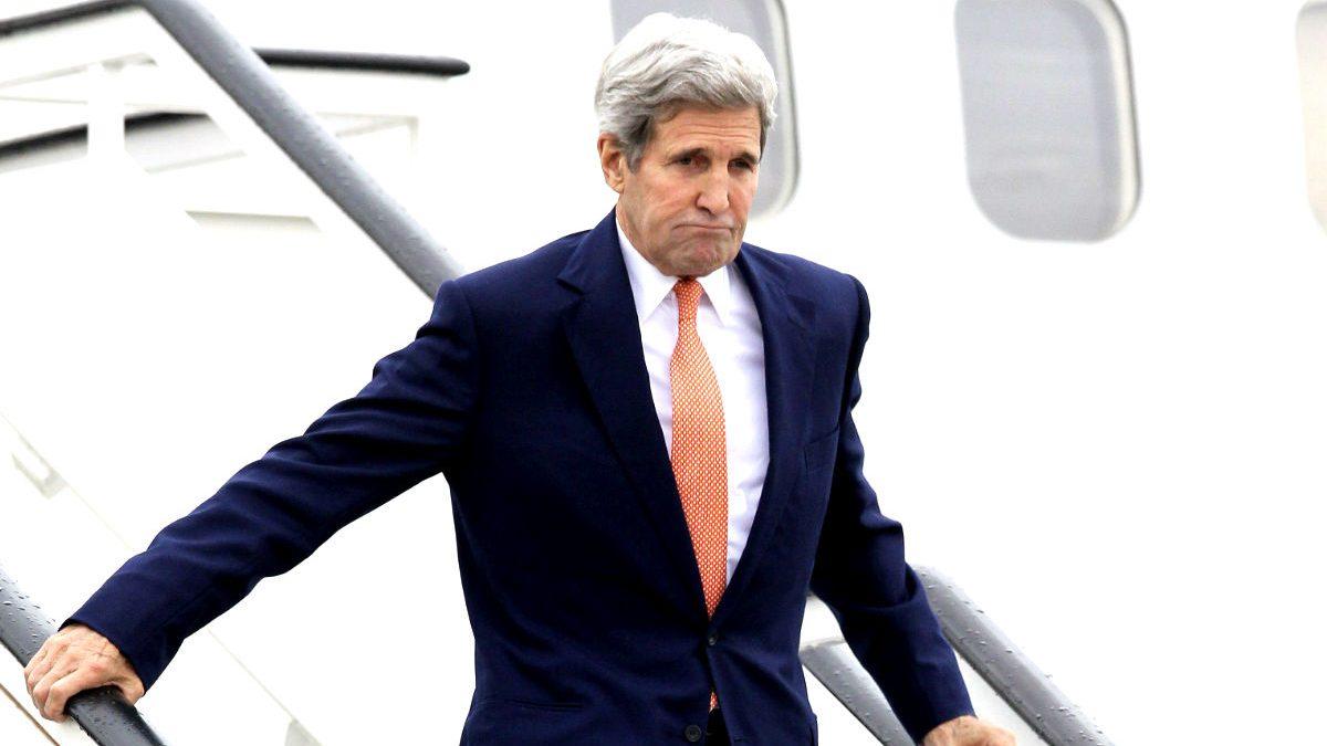 John Kerry al llegar a Torrejón (Foto: Efe)