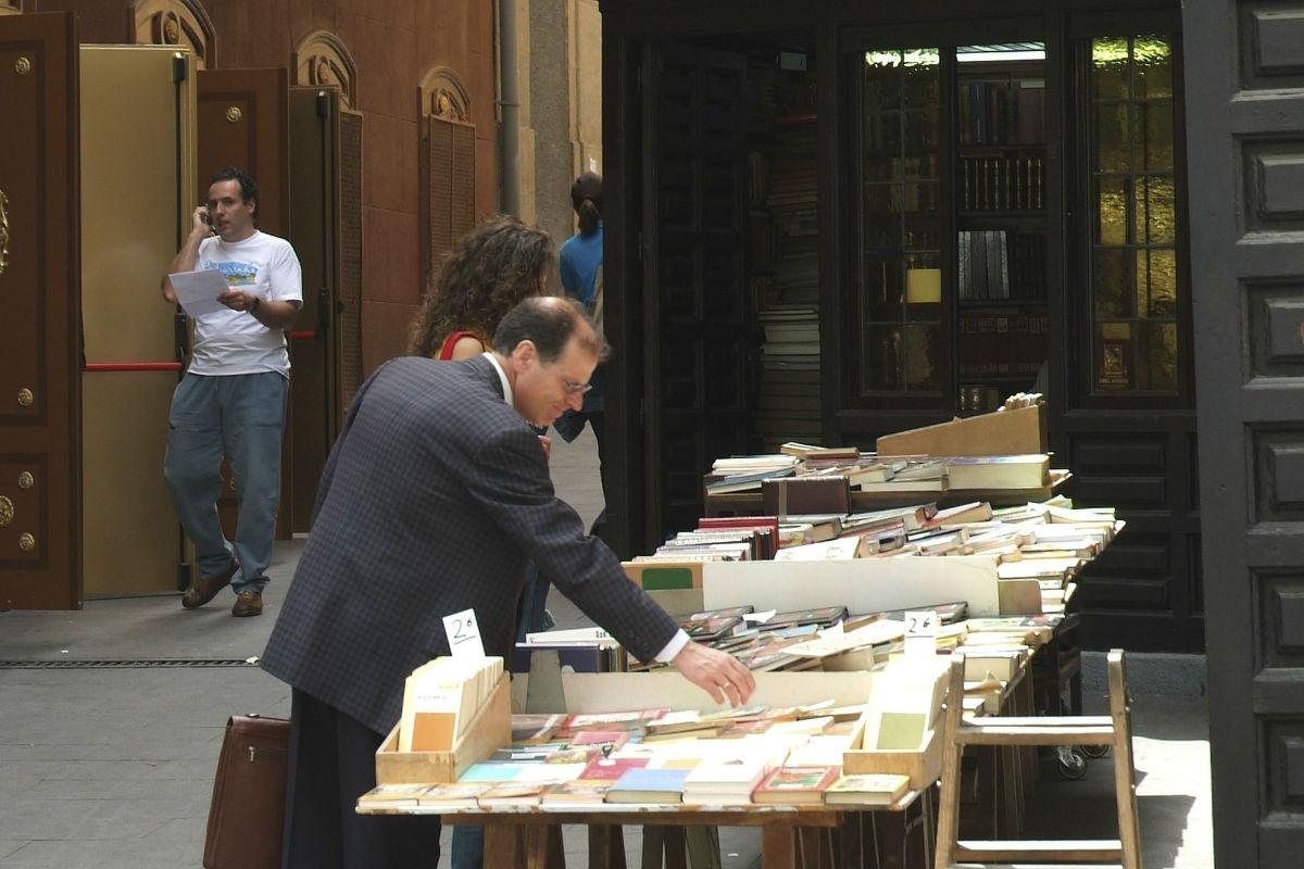 Librería en el callejón de San Ginés. (Foto: Getty)