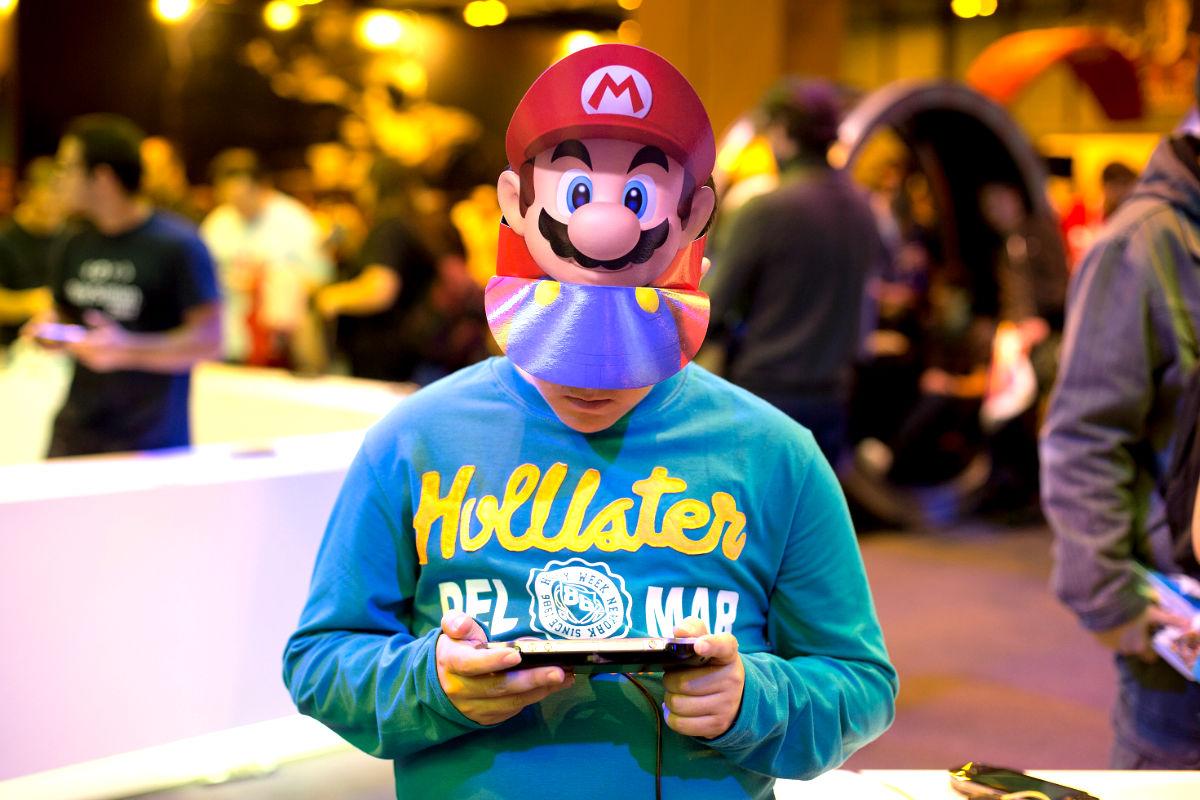 Un niño caracterizado de Mario Bros (Foto: Getty)