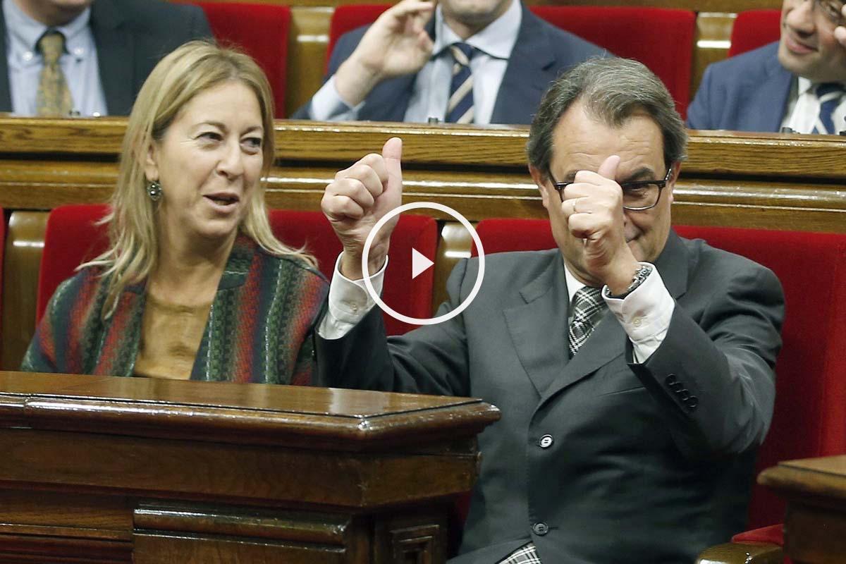 El presidente y la vicepresidenta de la Generalitat en funciones, Artur Mas y Neus Munté. (Foto: EFE)