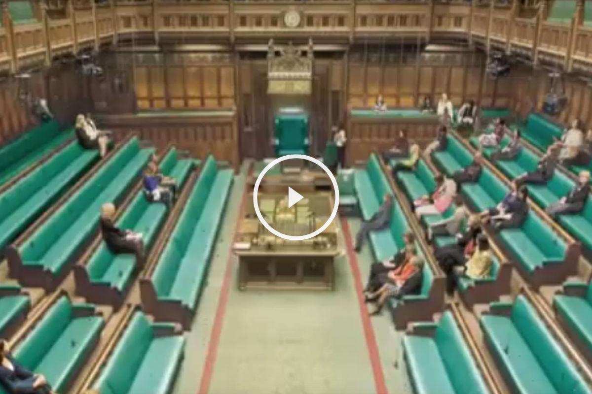 Una Cámara de los Comunes sorprendente sin la presencia de hombres. (Foto: Elle)