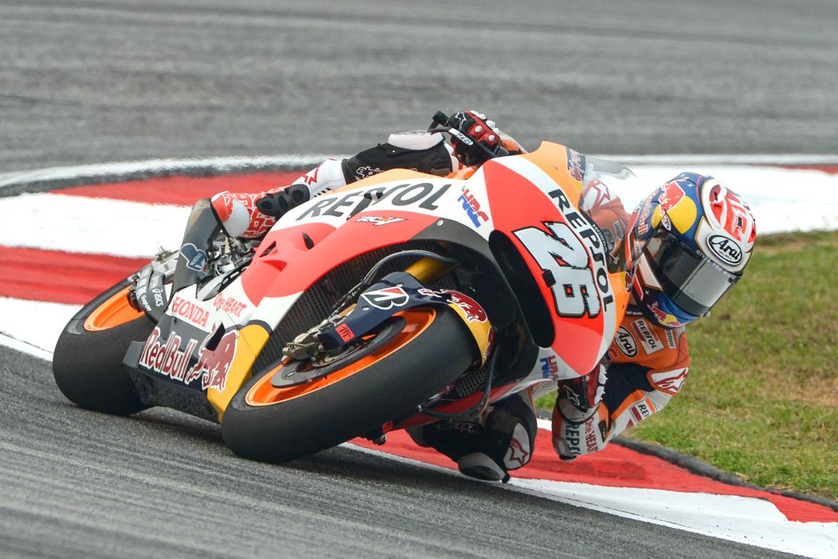 Dani Pedrosa, en un momento de su vuelta rápida al Circuito de Malasia. (AFP)