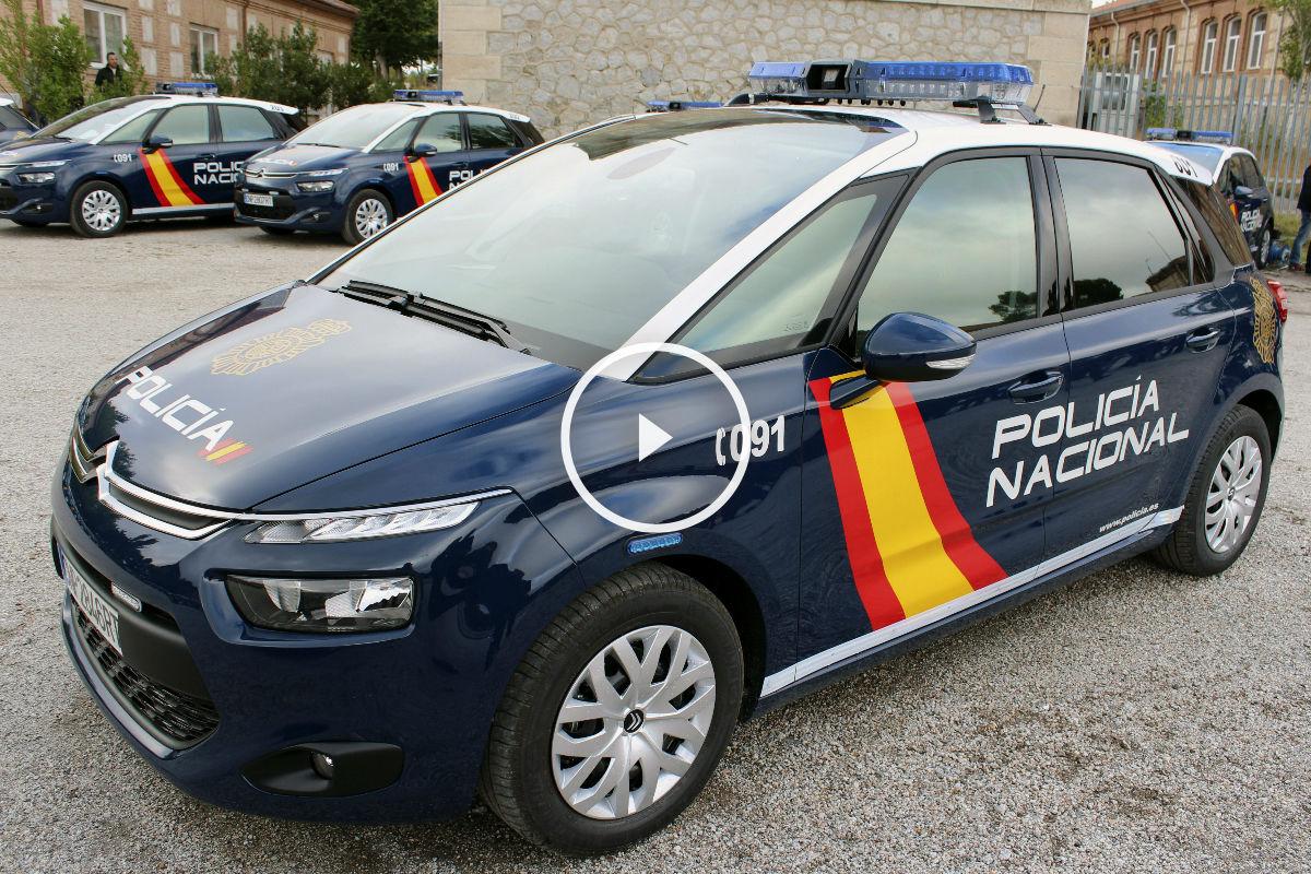 Uno de los nuevos coches Z de la Policía. (Foto: EFE)