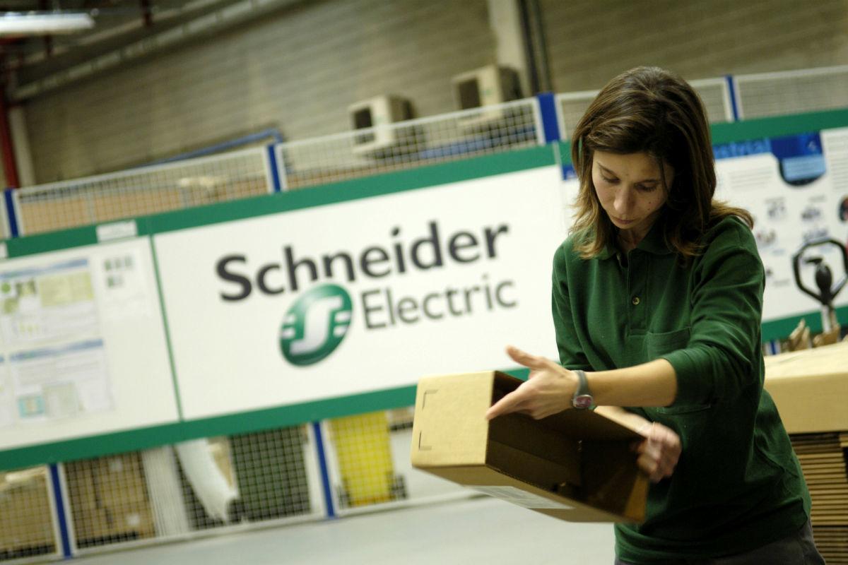 Trabajadora de Schneider Electric en España (Foto: Schneider Electric).