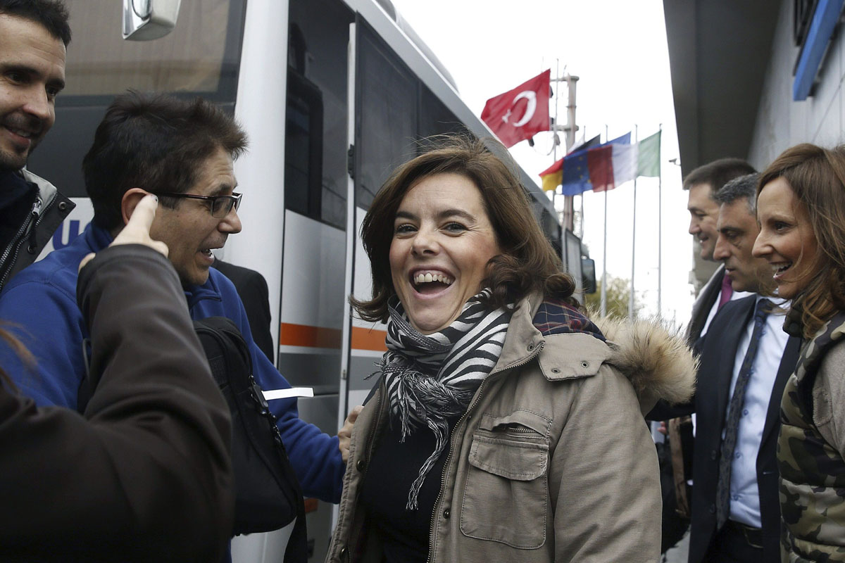 Soraya Sáenz de Santamaría se ha tomado con humor el contratiempo. (Foto: Efe)