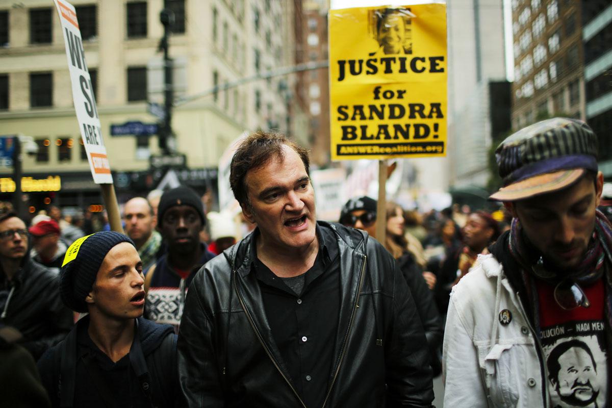 Quentin Tarantino, el pasado sábado como un manifestante más en las calles de Nueva York. (Foto: Getty)