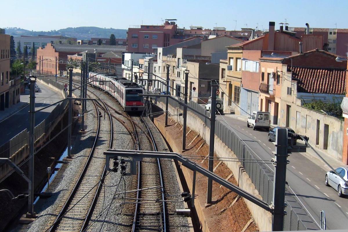 El tranvía a su entrada en Sabadell, antes de ejecutar las obras de soterramiento ejecutadas