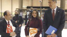 Xavier García Albiol junto a Inés Arrimadas y MIquel Iceta.