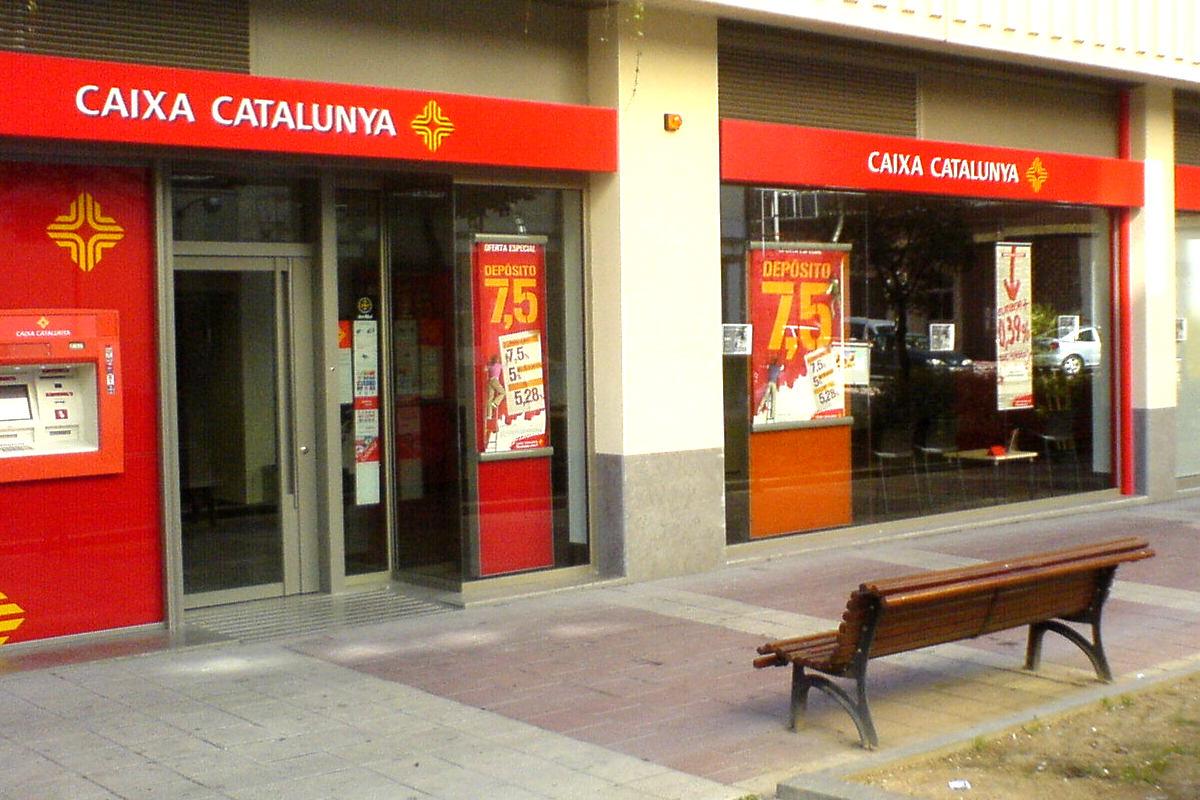 catalunya banc condenada a devolver un mill n de euros de