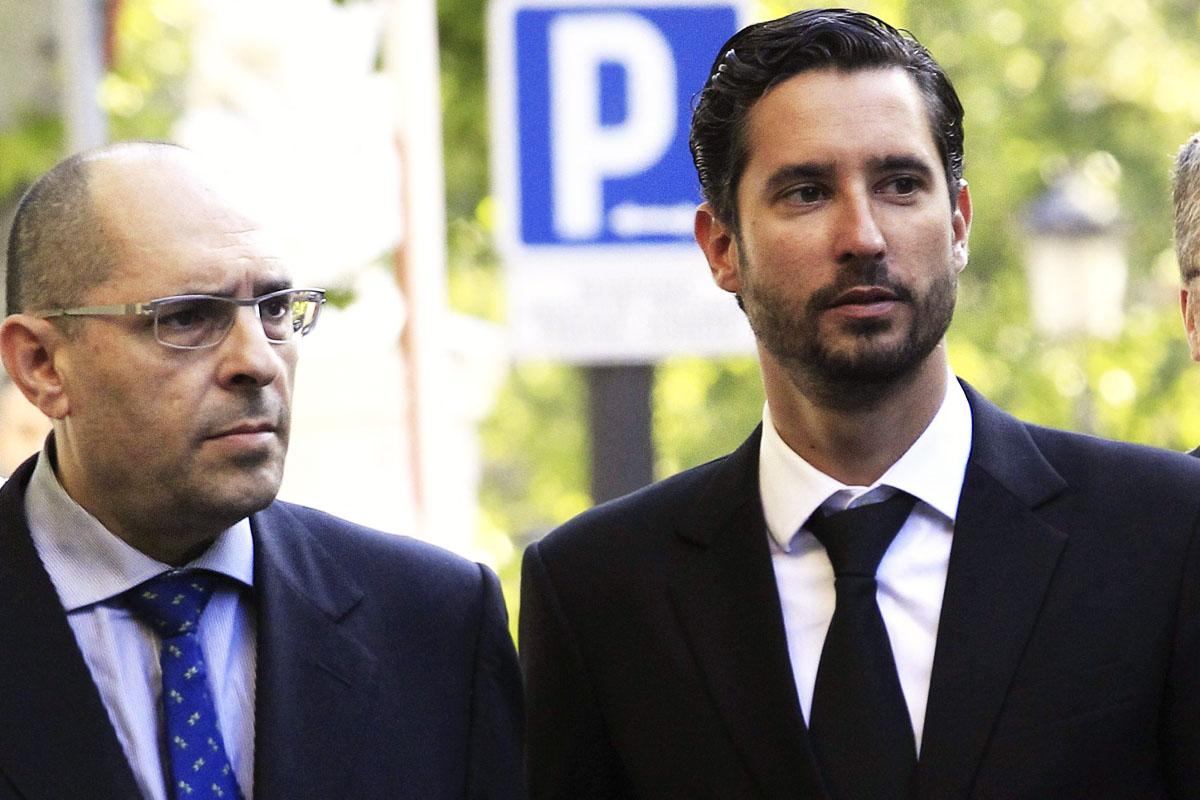 Cándido Conde Pumpido Jr., a la derecha de la imagen (Foto: EFE)