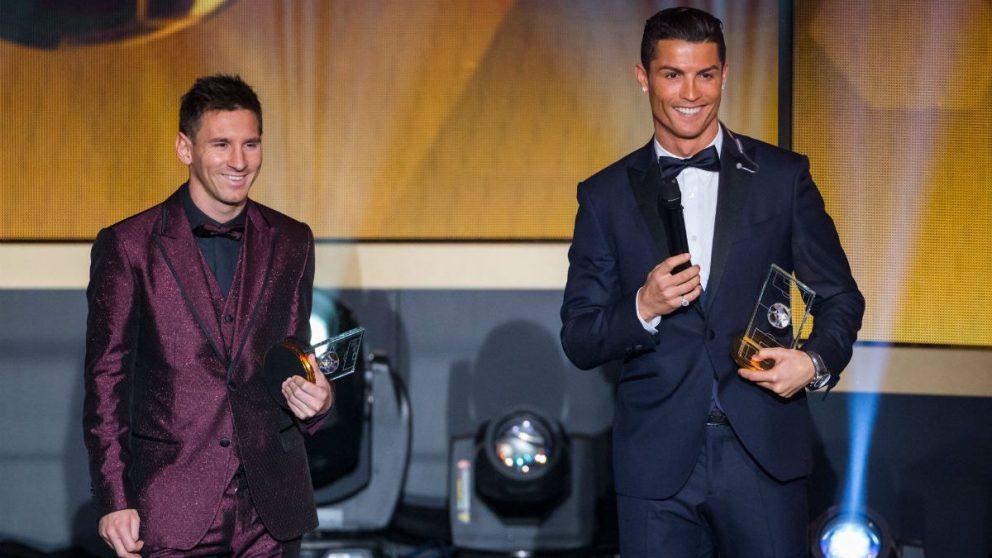 Cristiano Ronaldo y Leo Messi en la entrega del Balón de Oro 2014 (Getty)