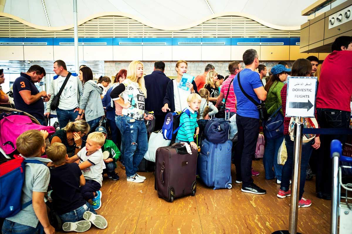 Pasajeros rusos esperan en el aeropuerto de  Sharm el-Sheijj (Foto: Getty)
