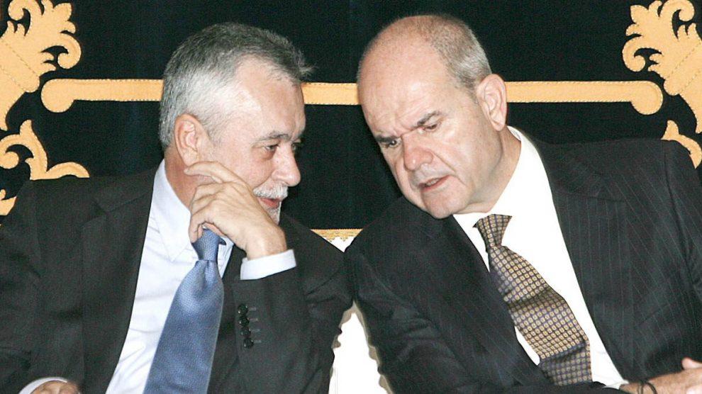 José Antonio Griñán y Manuel Chaves. (Foto: EFE)