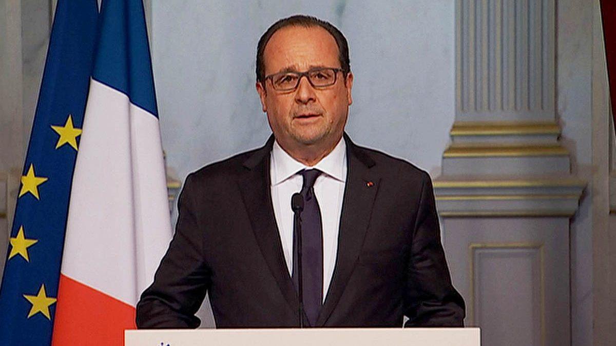 Françoise Hollande en la comparecencia ante la prensa (Foto: AFP)