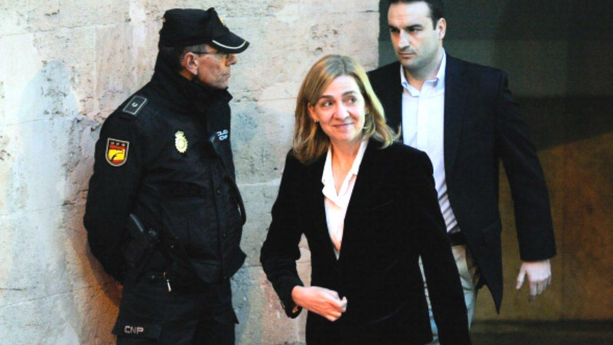 La Infanta Cristina a su salida del Juzgado de Palma (FOTO: Getty).