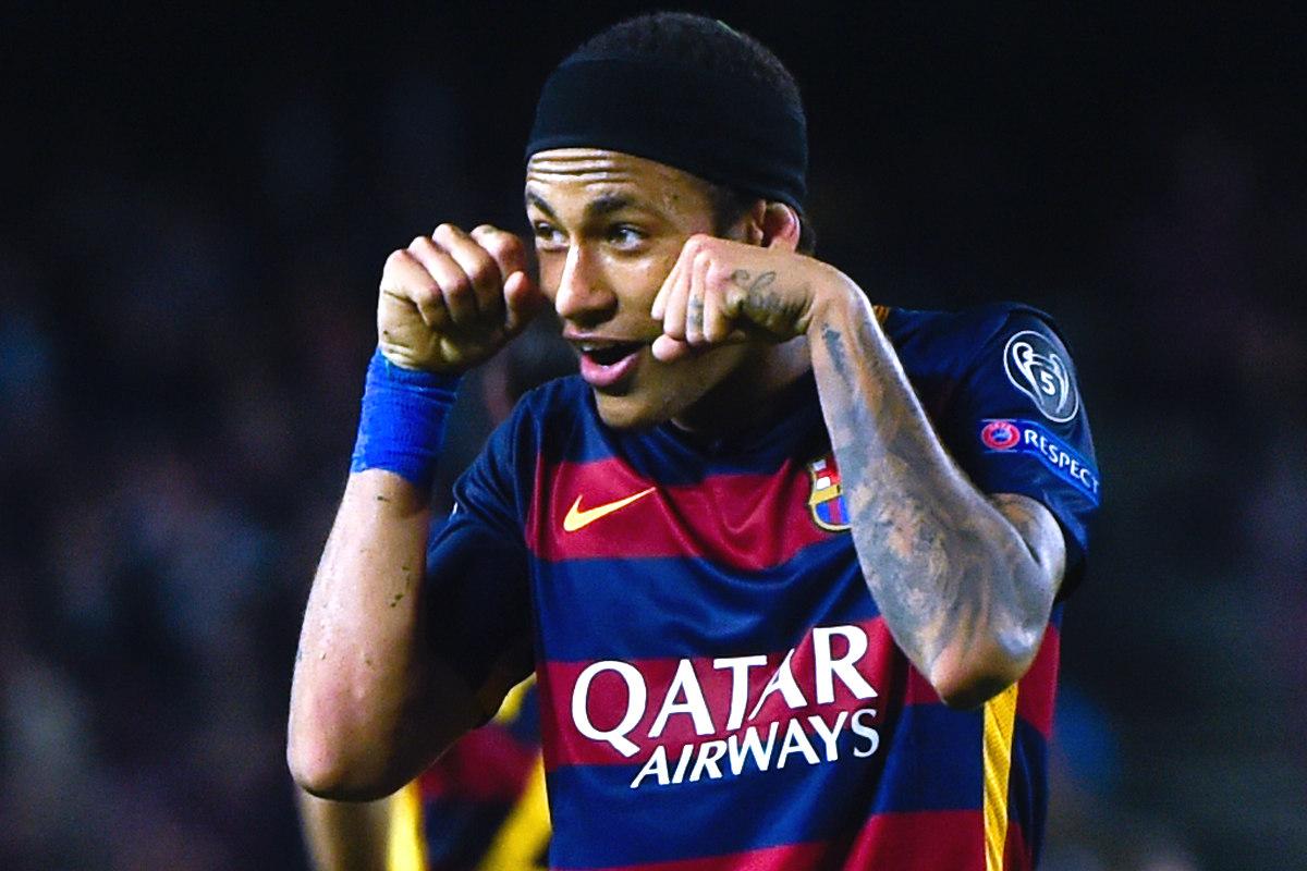 Neymar celebra uno de sus goles ante el Bate Borisov en Champions (Getty)