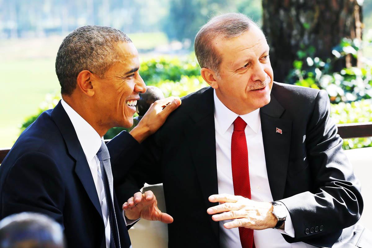 Barack Obama, con el presidente de Turquía Recep Tayyip Erdogan durante un receso en la cumbre del G20 en Turquía (Foto: AFP)