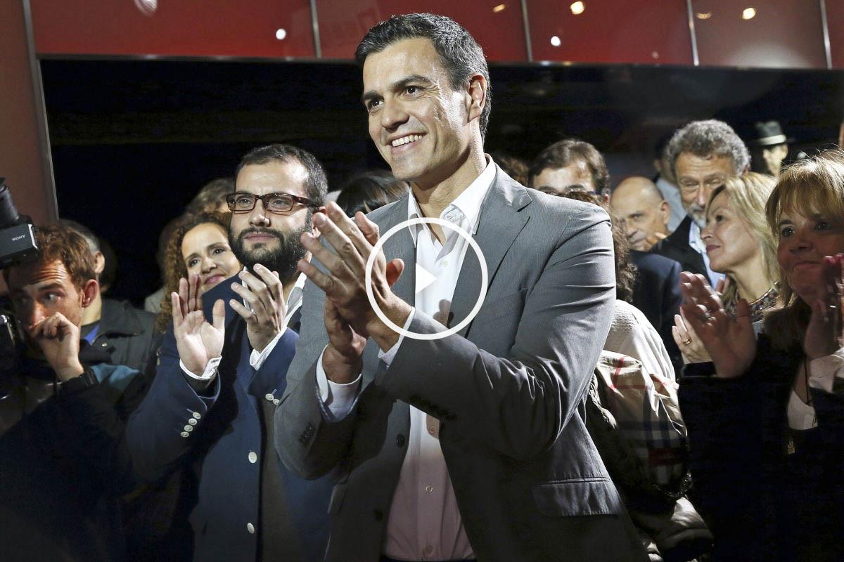 Pedro Sánchez rodeado de 200 famosos que apoyan su candidatura. (Foto: EFE)