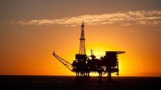 Una plataforma petrolífera offshore de Repsol (Foto: Repsol).