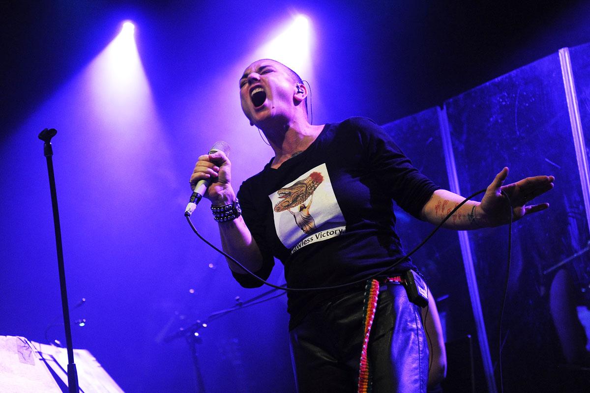 La cantante Sinead O'Connor, durante una de sus últimas actuaciones (Foto: Getty)