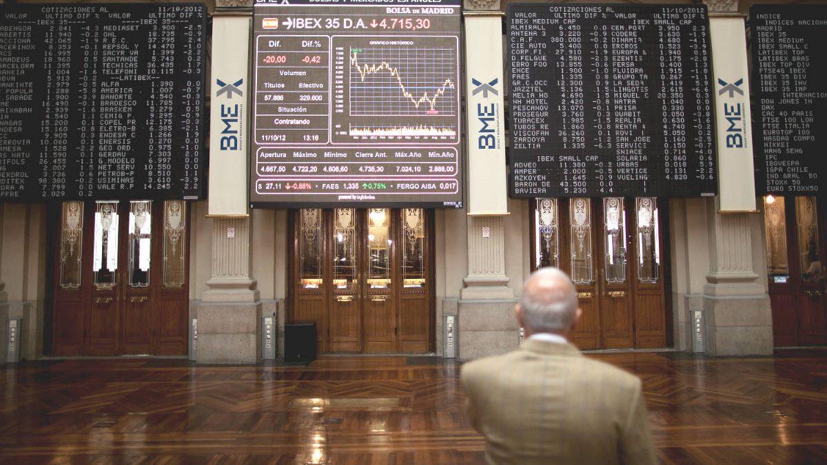 Inversor en la Bolsa de Madrid (Foto: GUETTY).