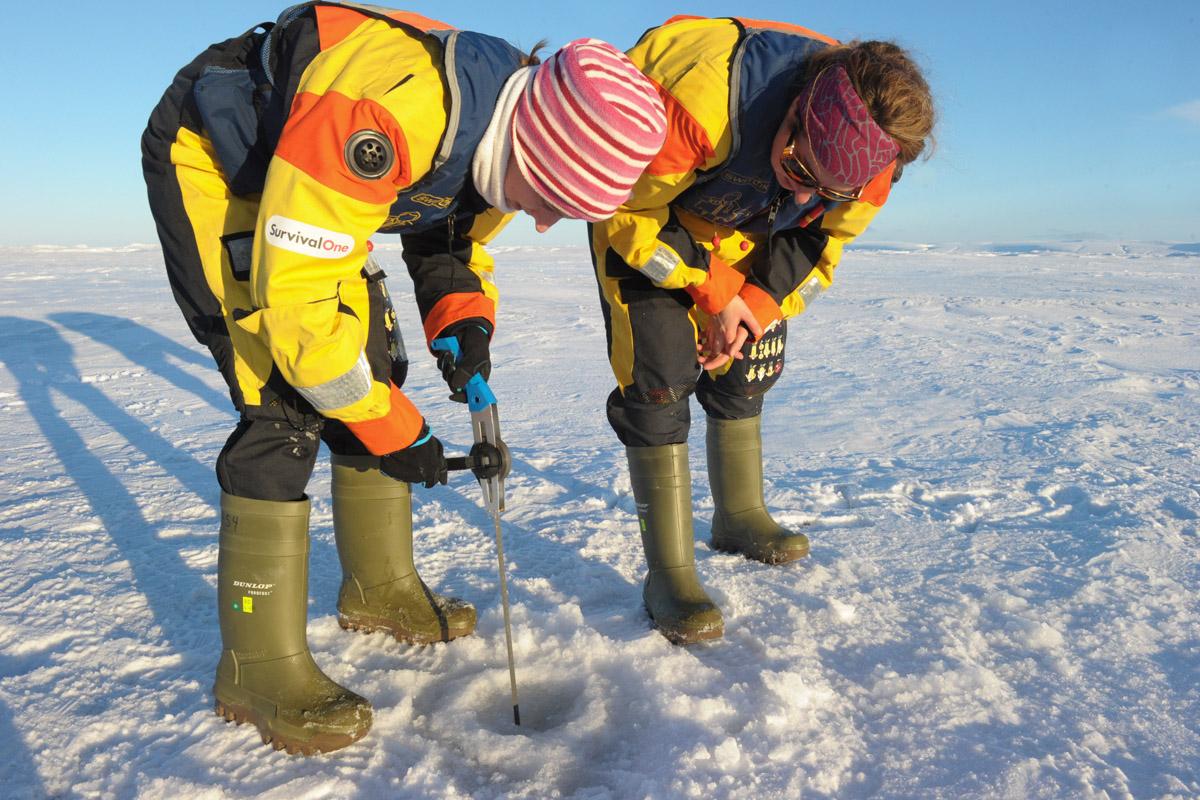 El derretimiento del Ártico, alertan oceanógrafos, amenaza el termostato del planeta. (Foto: AFP)