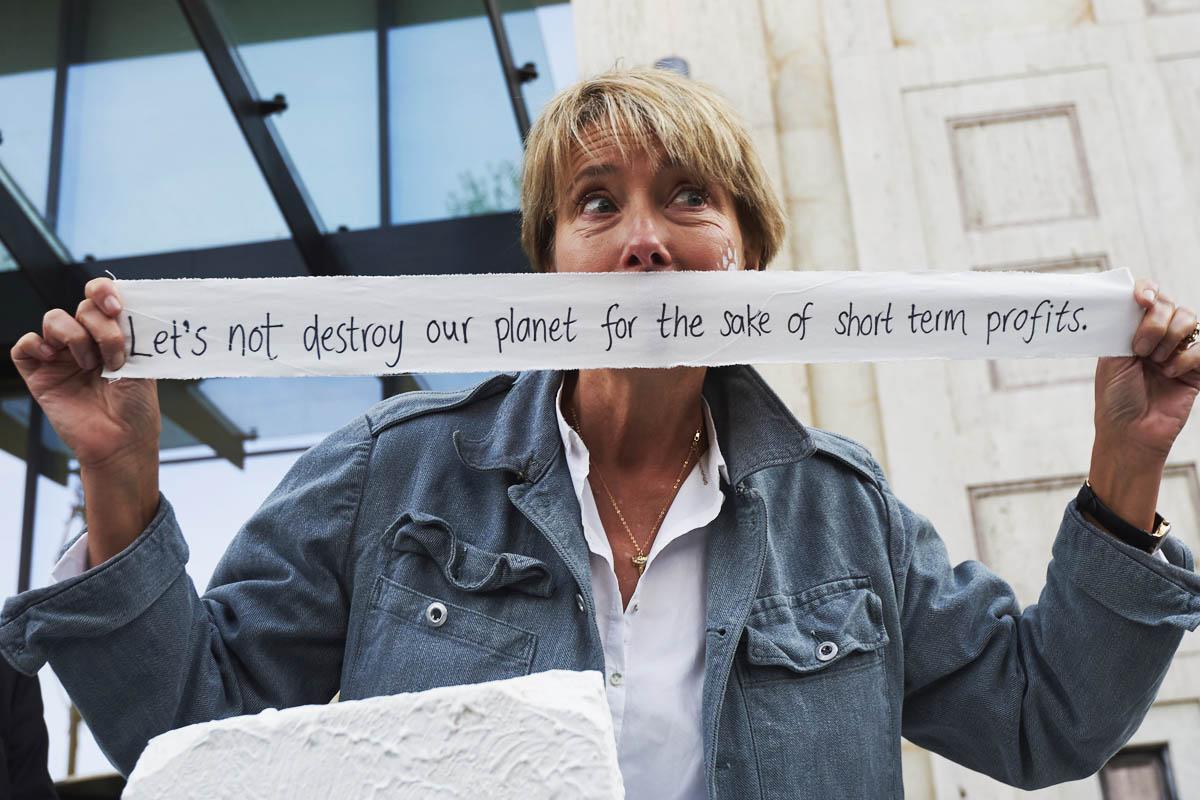 La actriz Emma Thomspon ha sido una de las estrellas de Hollywood que han acudido a la manifestación de Londres por el clima. (Foto: AFP)