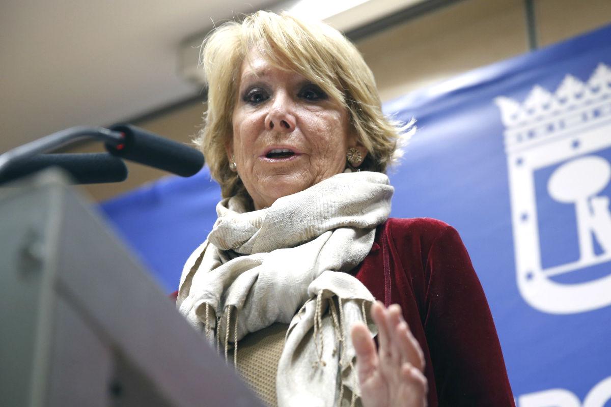 Esperanza Aguirre en rueda de prensa. (Foto: EFE)