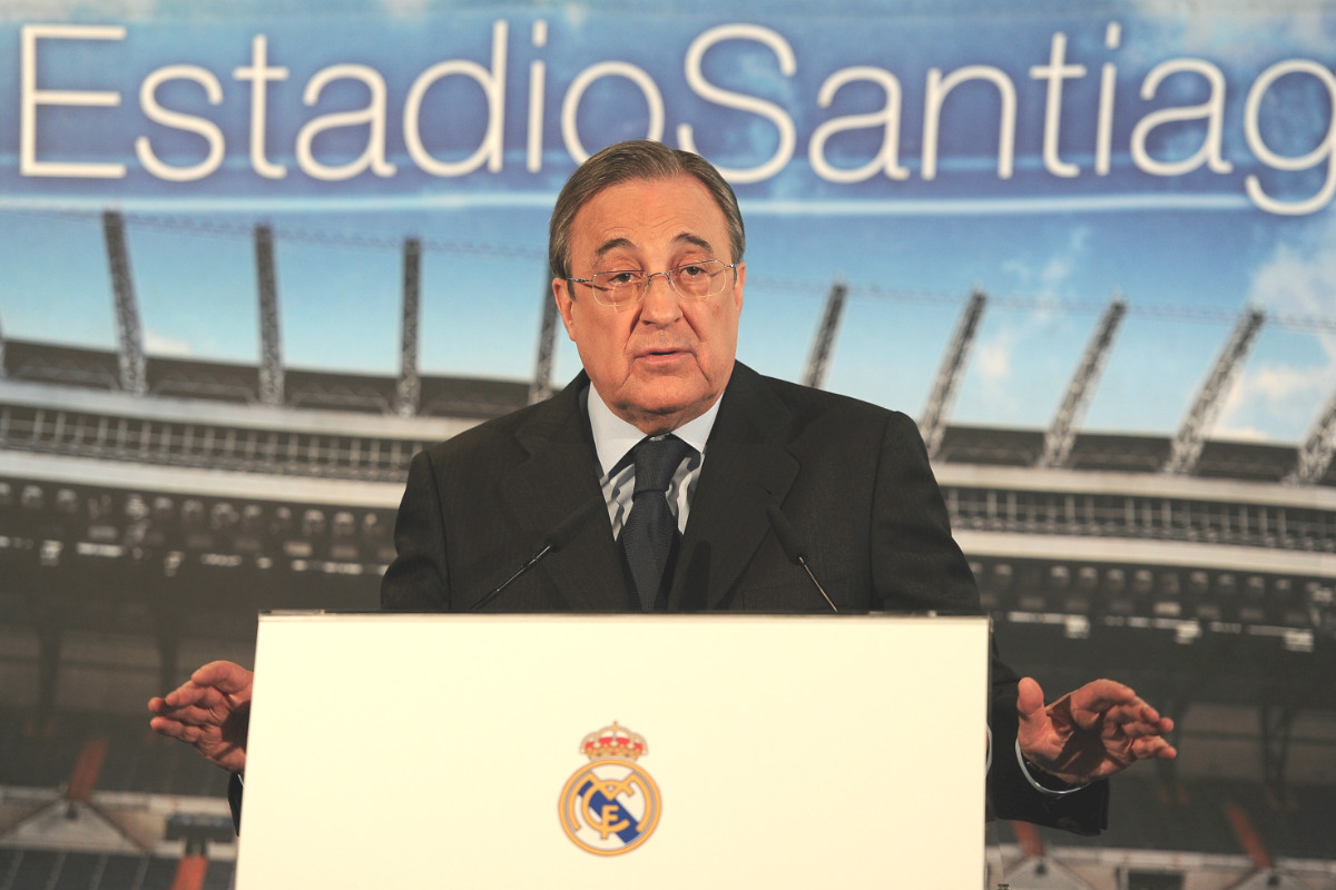 Florentino Pérez, en una rueda de prensa en el Bernabéu. (Getty)