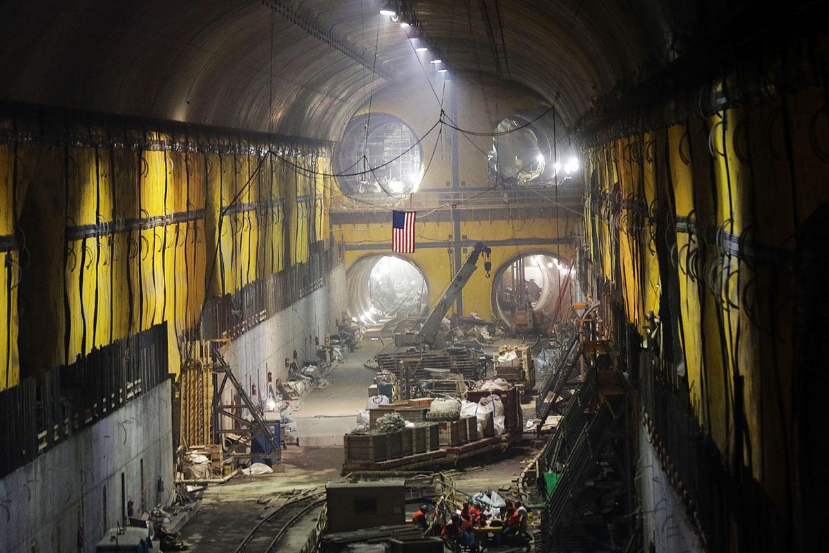 Operarios trabajan en el proyecto East Side Access bajo la Grand Central Terminal. (Foto: AFP)