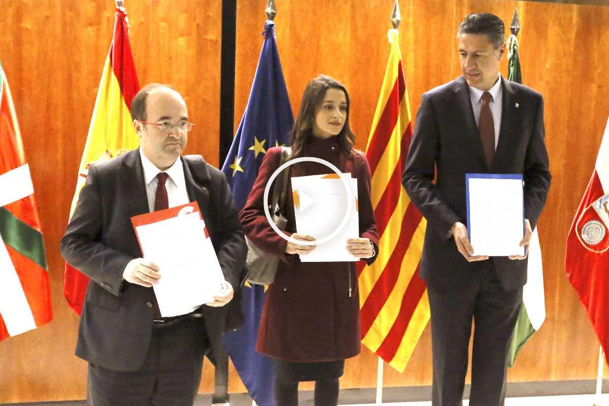 Iceta, Arrimadas y García Albiol presentando el recurso (Foto: Efe)