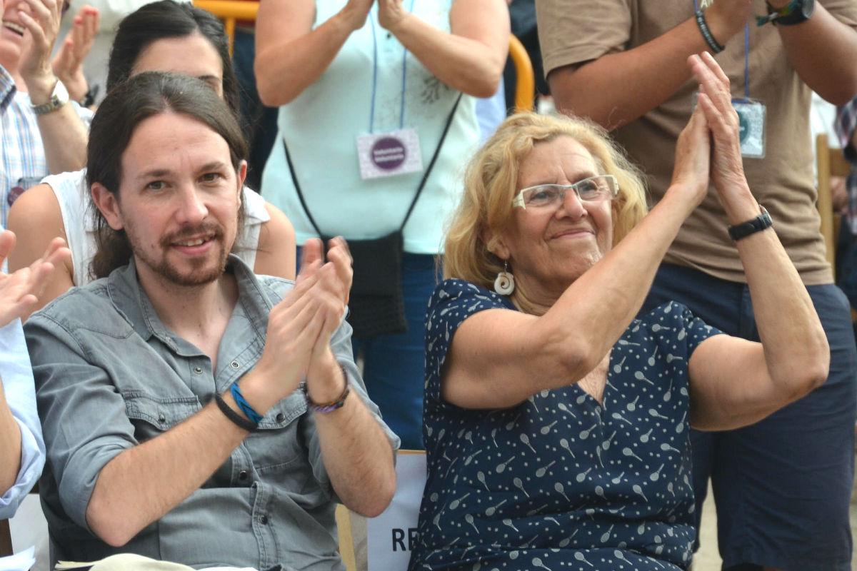 Pablo Iglesias y Manuela Carmena, en un acto de la campaña electoral de las municipales (Foto: Ahora Madrid).