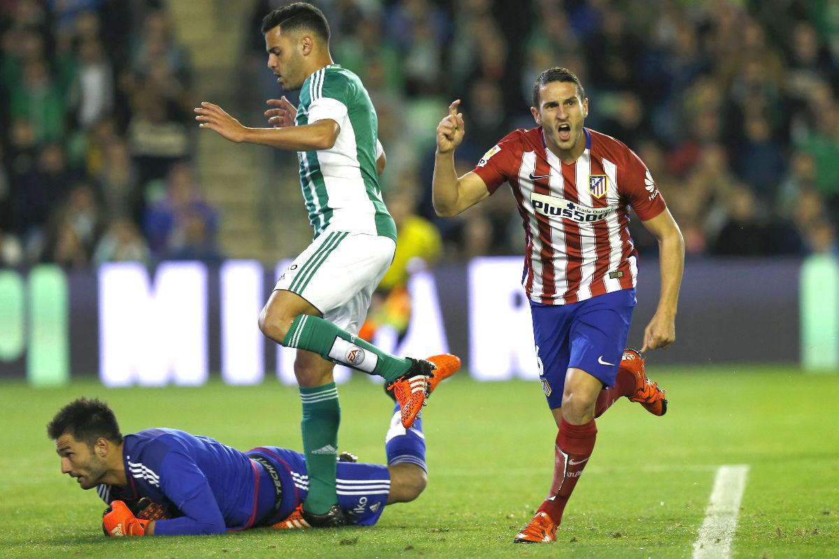 Koke celebra el primer gol del Atlético al Betis. (EFE)