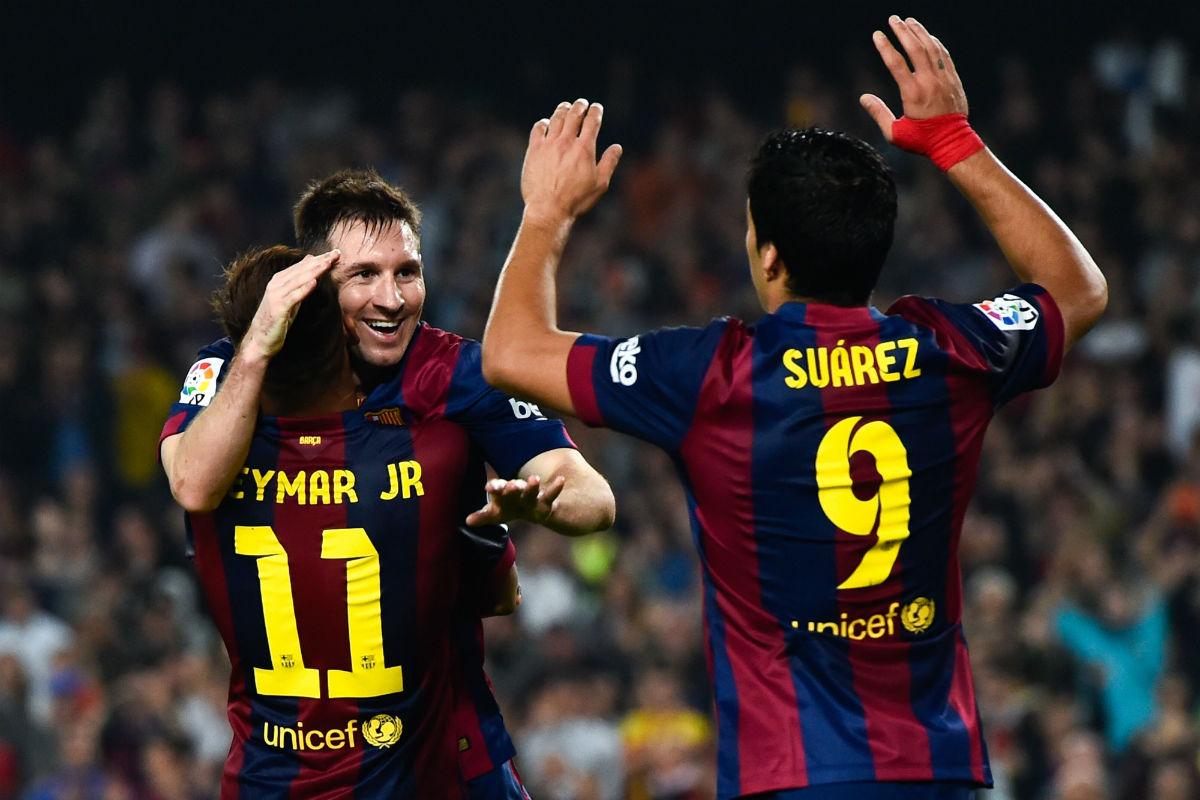 Leo Messi, Neymar y Luis Suárez celebran un gol. (Getty)