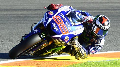 Lorenzo saldrá desde la pole y Rossi se cae