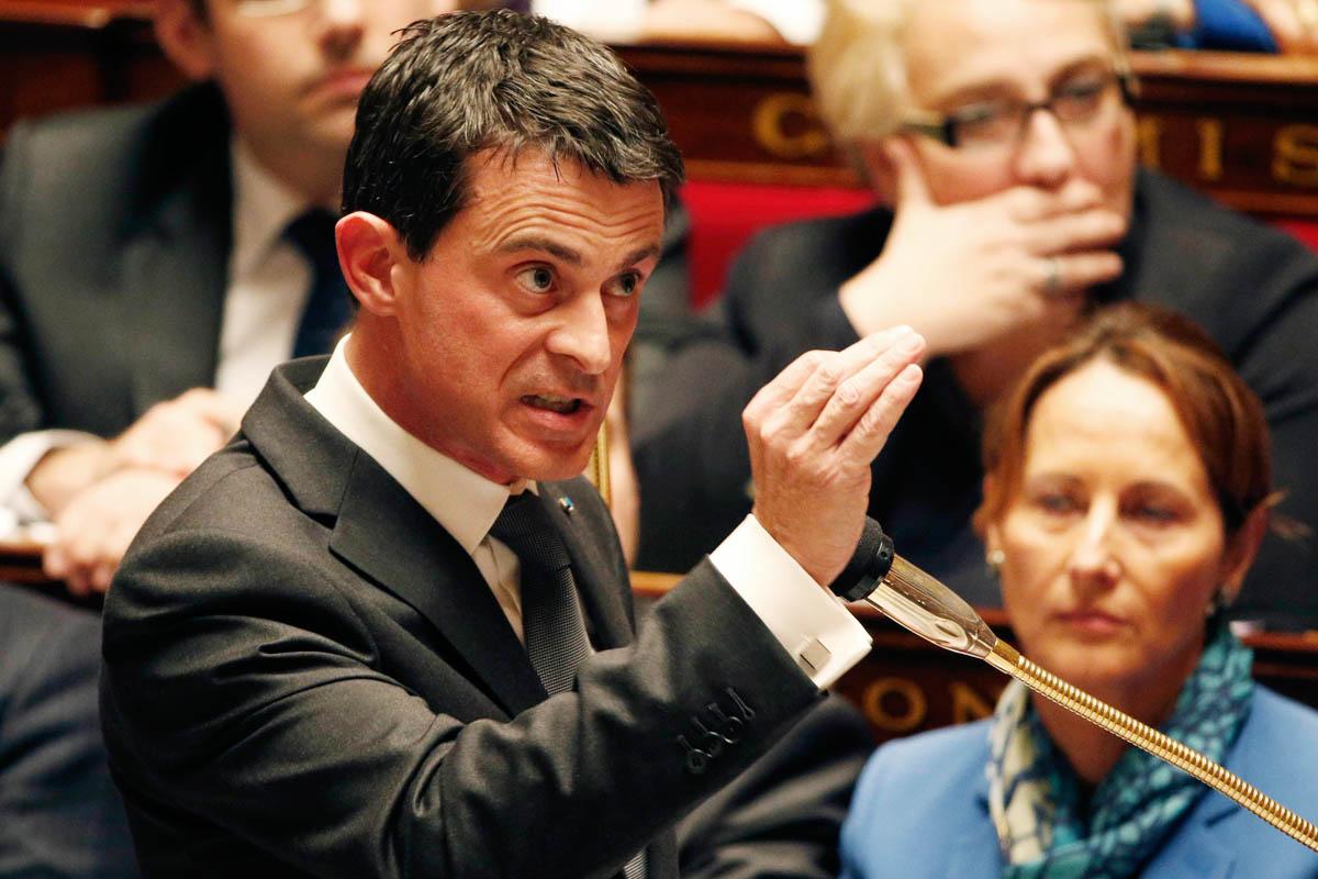 Manuel Valls dirigiéndose al Parlamento francés. (Foto: Reuters)