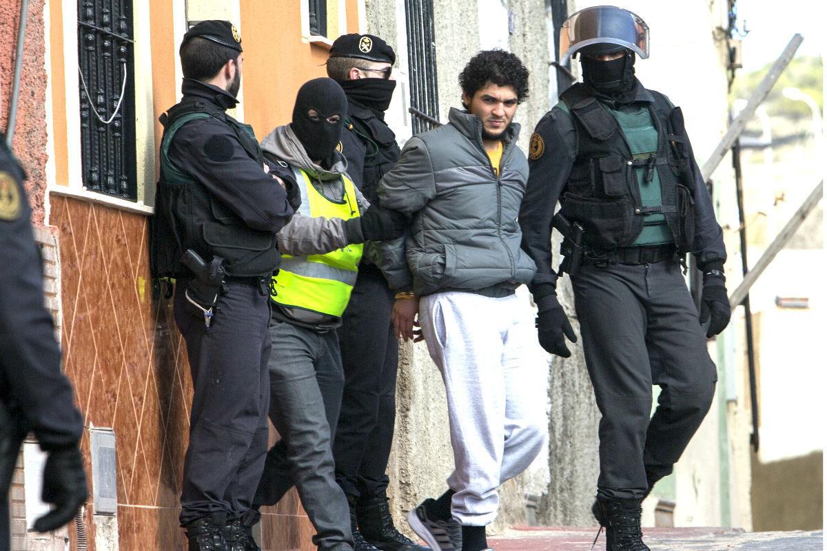Operación policial contra el islamismo radical. (Foto: AFP)