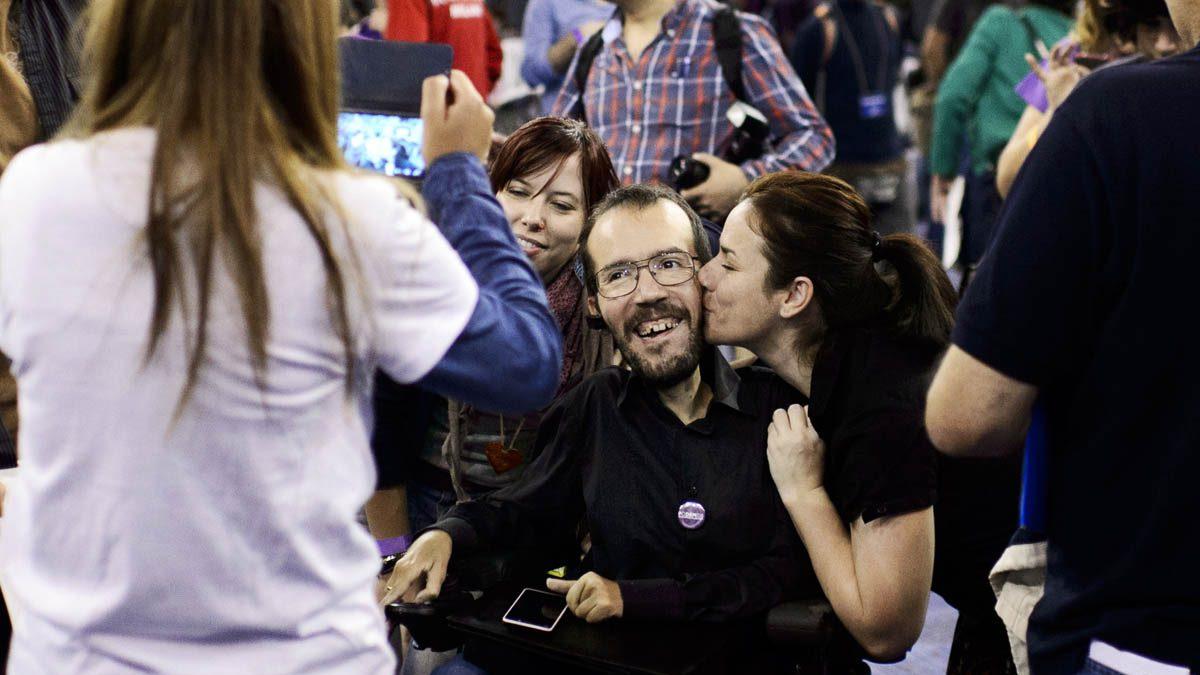 Pablo Echenique en un acto de campaña de Podemos. (Foto: AFP)