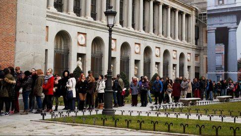 Colas para acceder al Museo del Prado. (Foto: Getty)