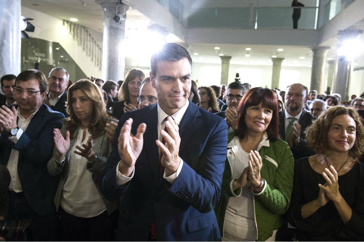 Líderes del PSOE en un acto público